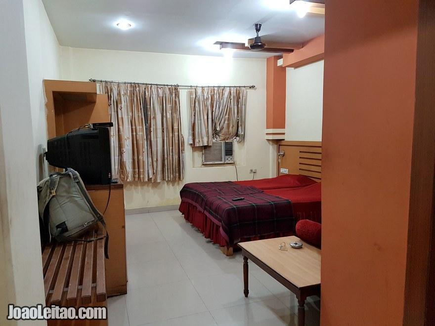 Quarto do Hotel Embassy em Calcutá