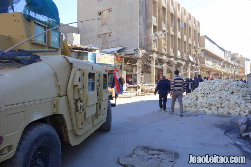 Rua Rasheed no centro histórico de Bagdade