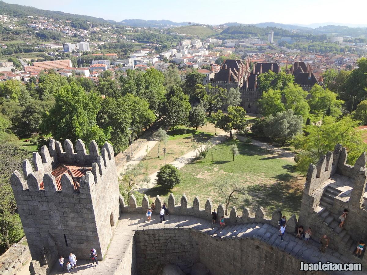 Locais UNESCO Portugal Continental. 1- Centro Histórico de Guimarães. Centro  Histórico de Guimarães accb5d7c0736e