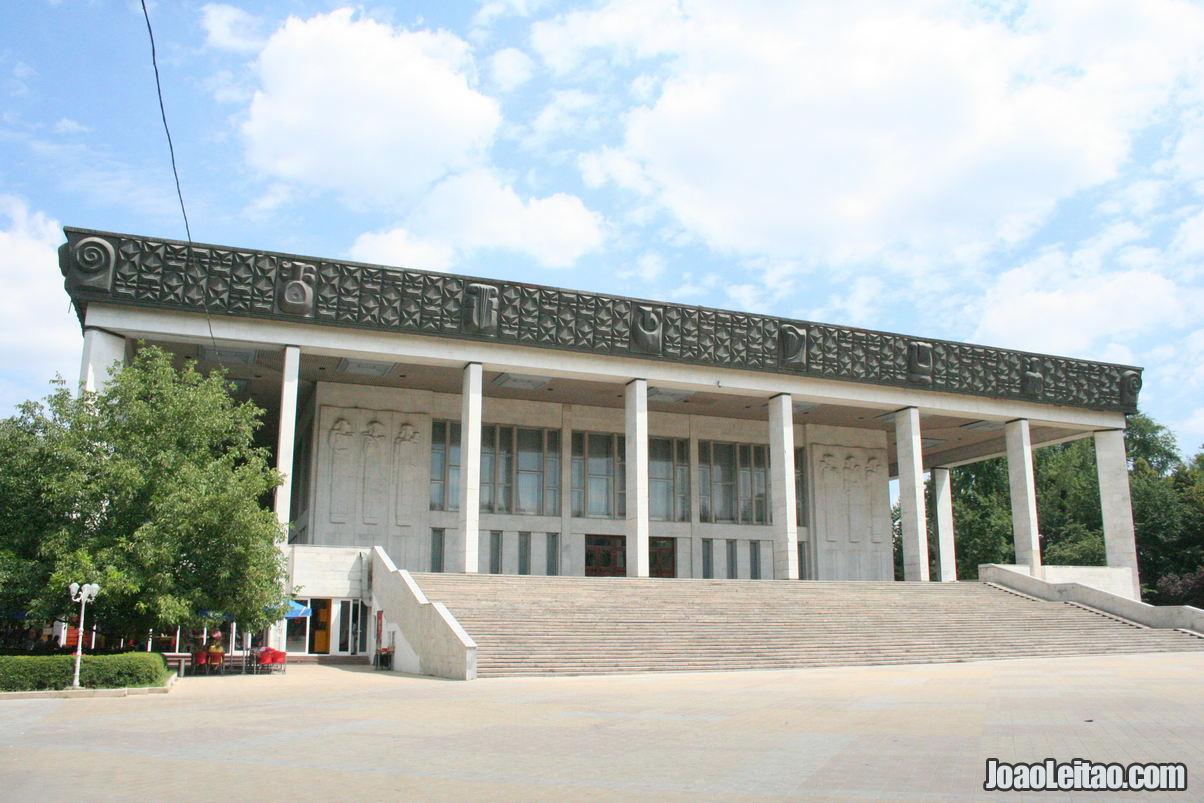 O que fazer em Chisinau a capital da Moldávia 7