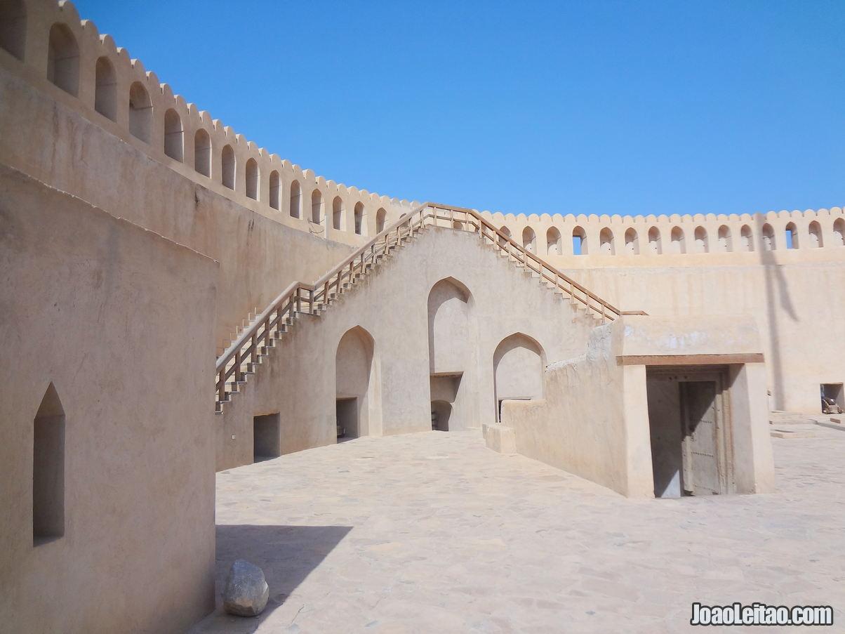 Visitar Nizwa, Omã: Roteiro e Guia Prático de Viagem 26