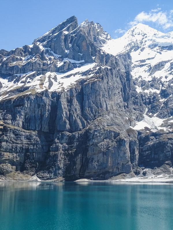Lago em Kandersteg