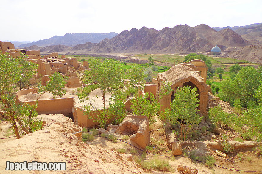Kharanaq Village - Places to Visit in Iran