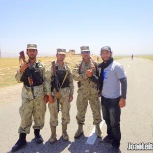 Viajar no Afeganistão de carro - Guia de Sobrevivência 3