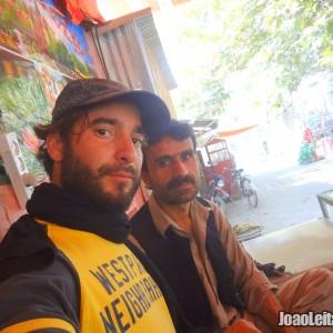 Viajar no Afeganistão de carro - Guia de Sobrevivência 2