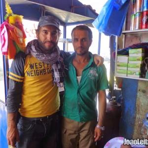 Viajar de carro no Afeganistão - Guia de Sobrevivência 1