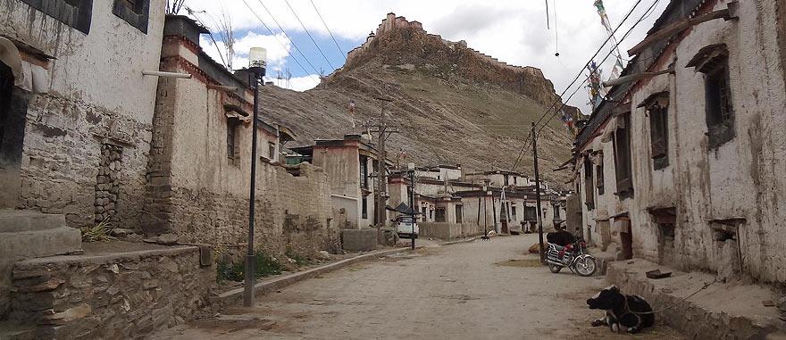 Old city of Gyantse in Tibet