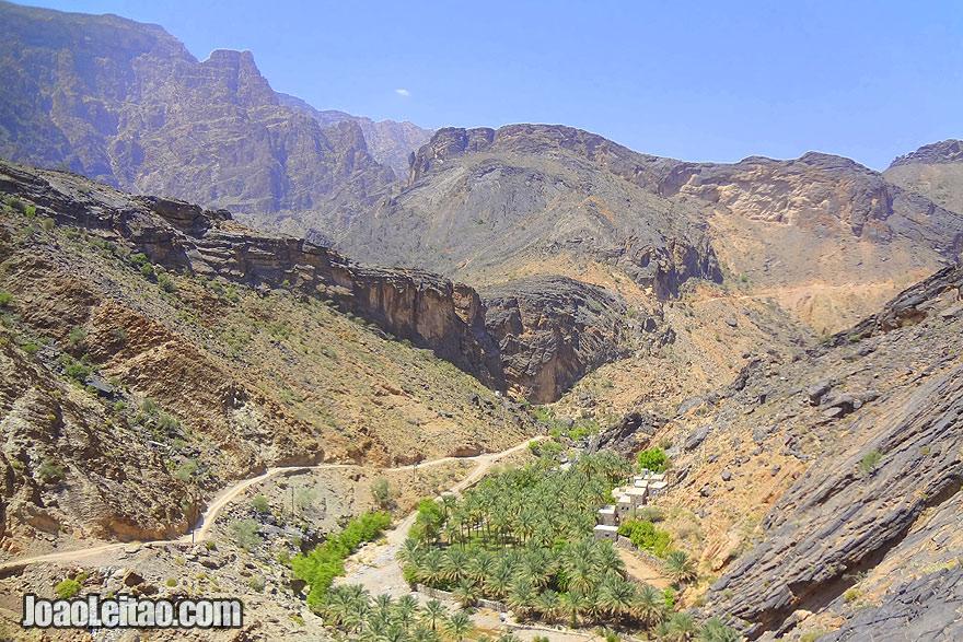 Visit Village Haat in Jebel Akhdar Mountains in Oman