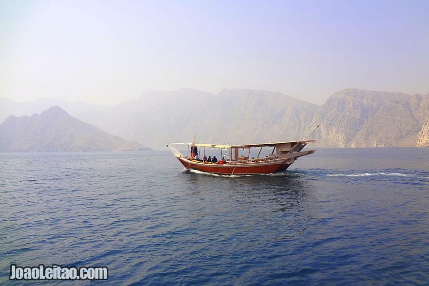 Visit Ras Musandam Fjords in Oman, visit oman