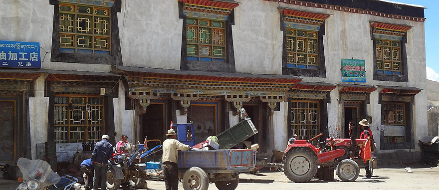 Tingri in Tibet