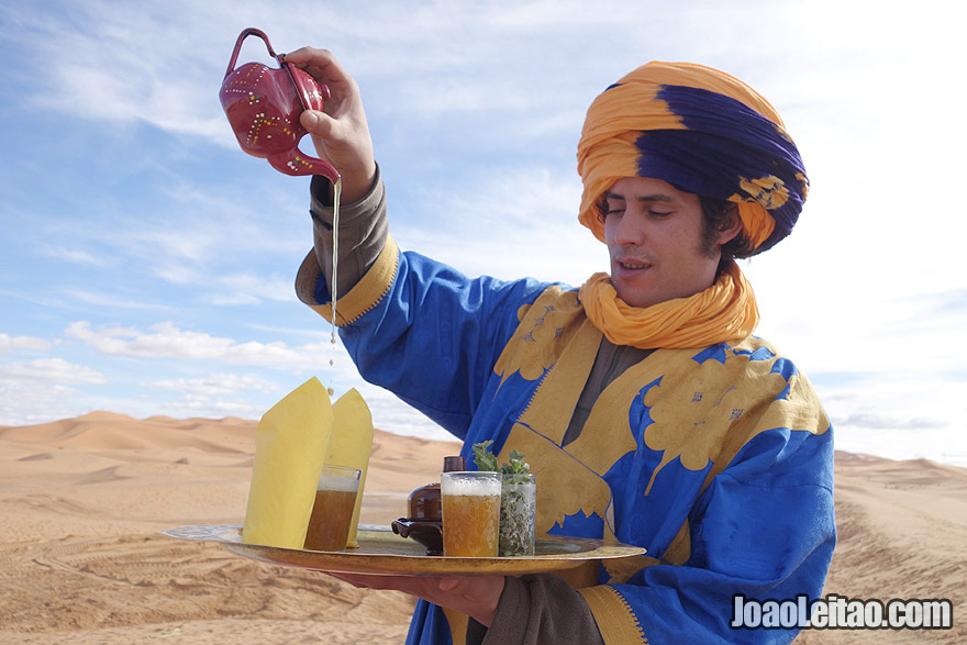 Min tea in Sahara Desert