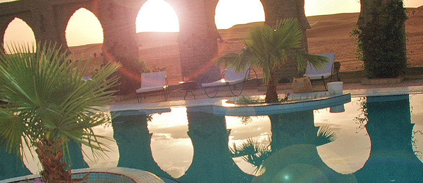 Swimming pool - Mind-blowing Sahara Desert Hotel