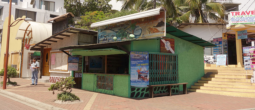 Last Minute Cruise Agency in Puerto Ayora - Lonesome George Travel Agency and Tour Operator