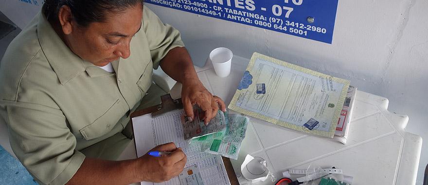 Buying my Amazon River boat ticket
