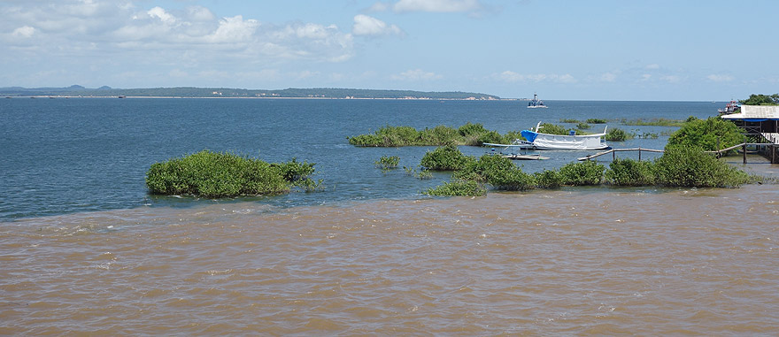Meeting of waters of the Amazon and Tapajós Rivers