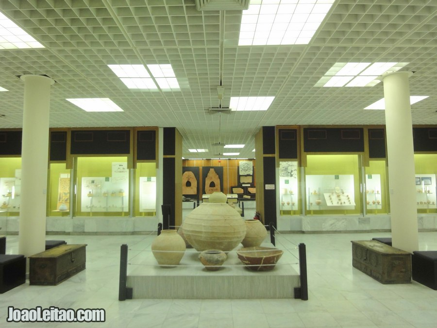 Visit the Al Ain National Museum United Arab Emirates