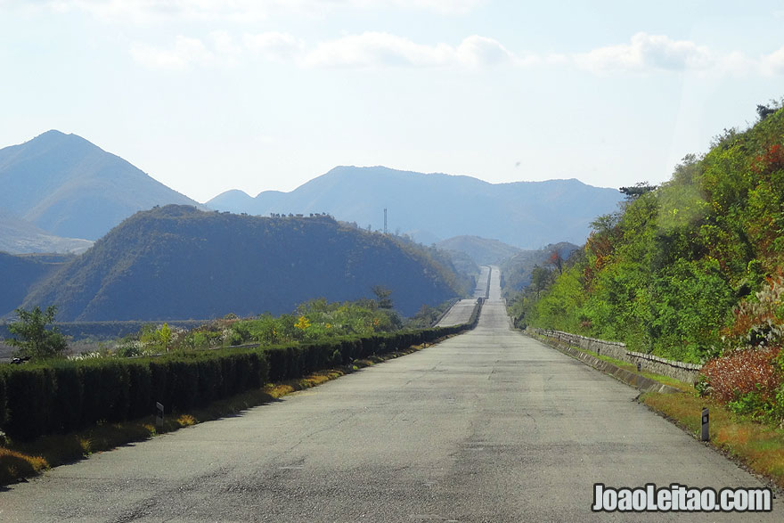 Highway road system in North Korea. Although there are not many cars in the country, there is a good highway system. The picture if of the Pyongyang-Kaesong freeway.