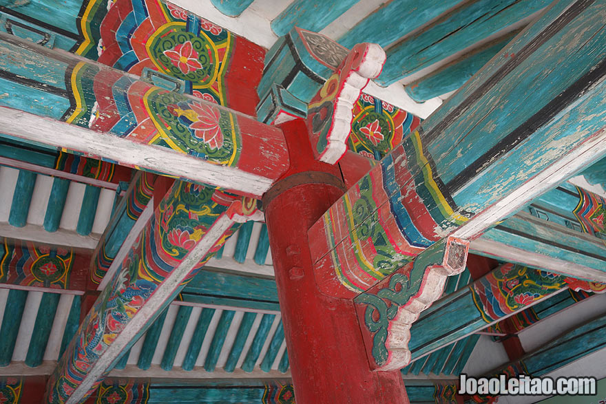 Amazing wooden painted building. North Korean still has great examples of ancient architecture where painted wood depicts amazingly colorful designs.