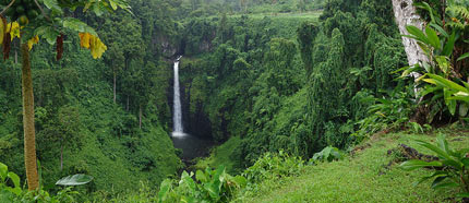 Visit Sopoaga Waterfall
