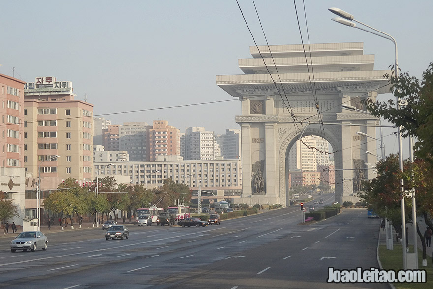 The 60 meters / 197 feet Pyongyang Arch of Triumph is the is the second tallest triumphal arch in the world and was erected to built to commemorate the Korean resistance to the Japanese invasion.