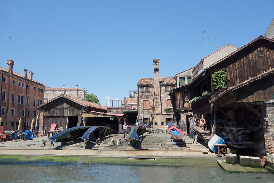 Boatyard with the workshops of many generations gondola builders