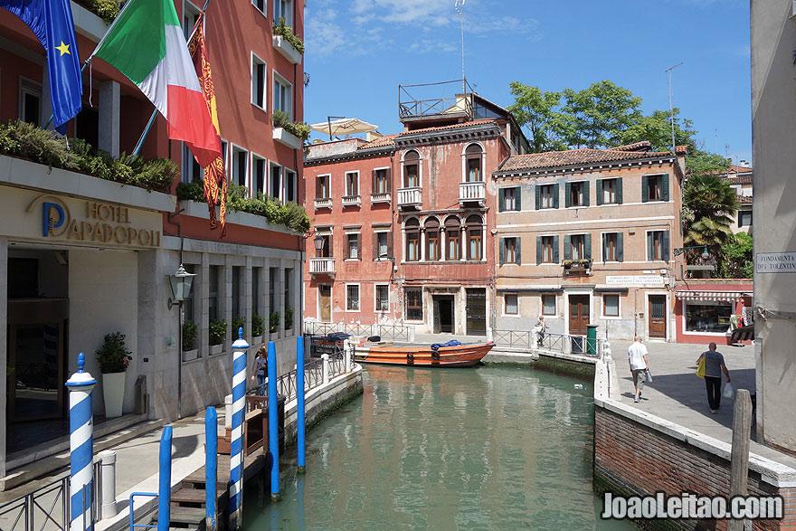 Hotel Papadopoli Venezia and Rio dei Tolentini canal