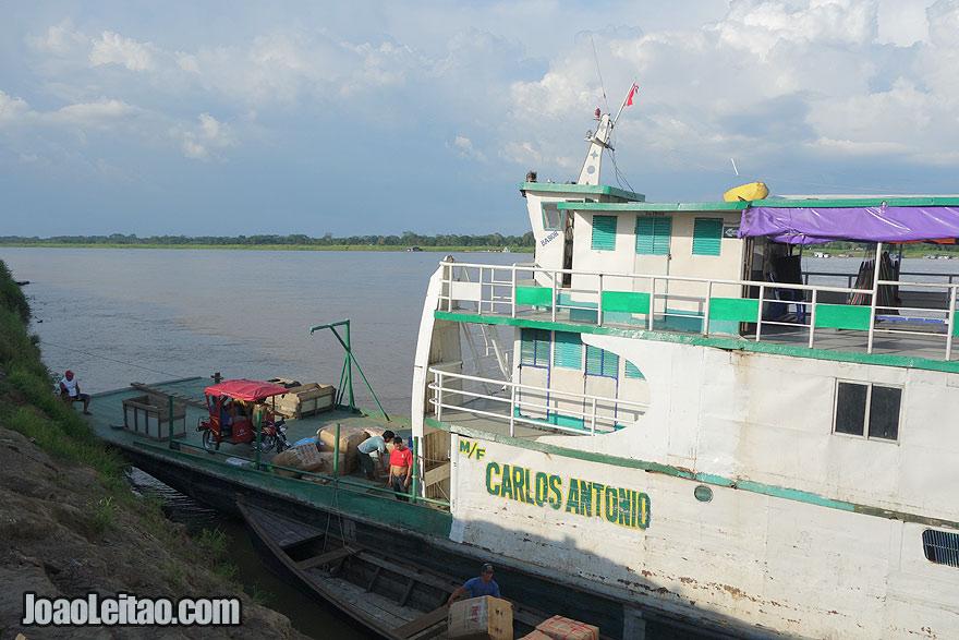 Barco Carlos Antonio - Santa Rosa até Iquitos
