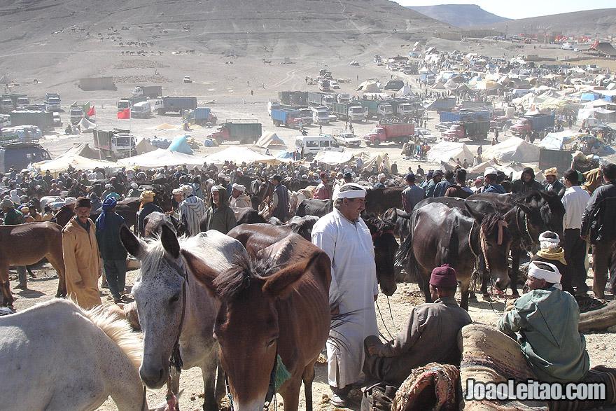 Market of Betrothal Festival - the Souk Aamor Agdoud N'Oulmghenni