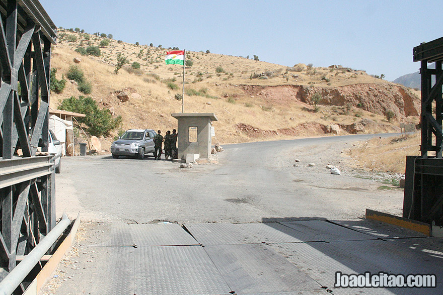 Police check-point in Northern Iraq