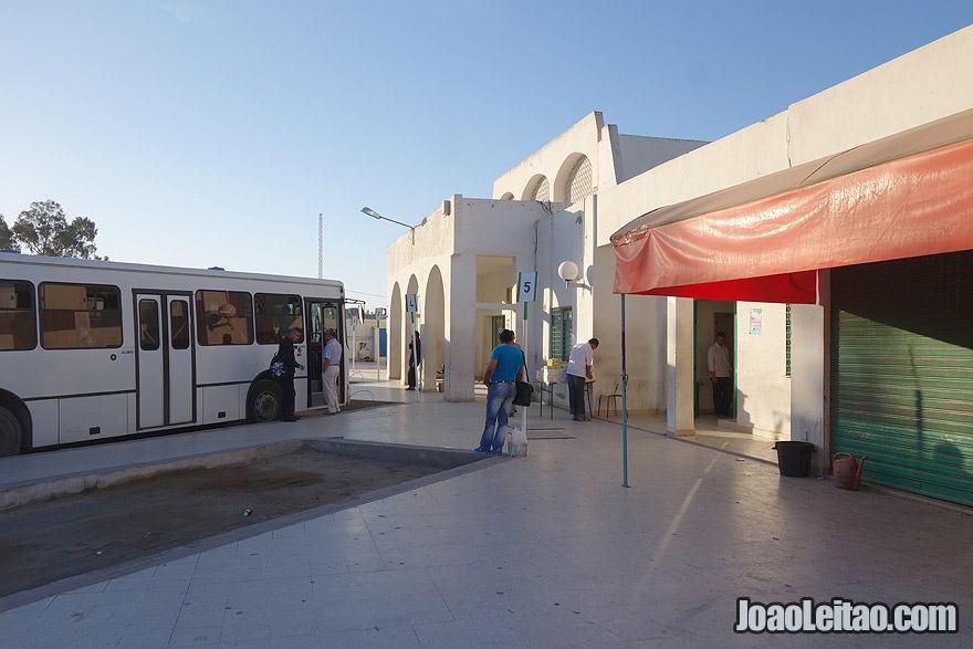 Paragem de autocarros em Kairouan