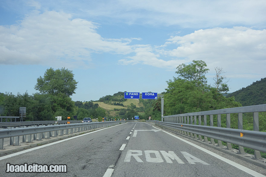 Driving in Italy & San Marino