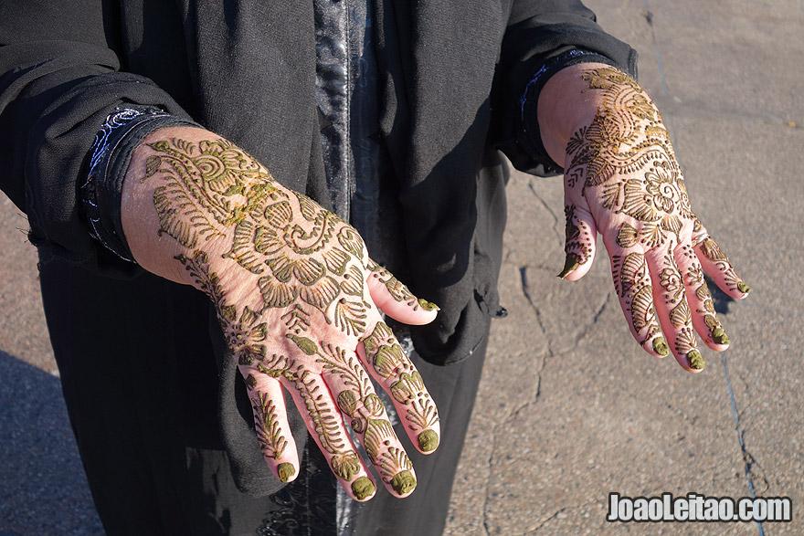 Tatuagem de henna em Marraquexe