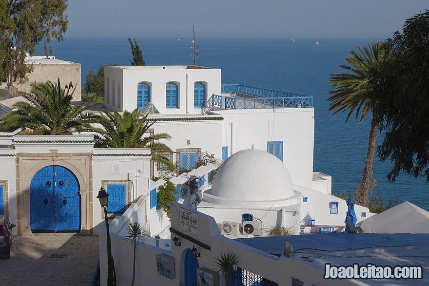 Cidade de Sidi Bou Said, na Tunísia