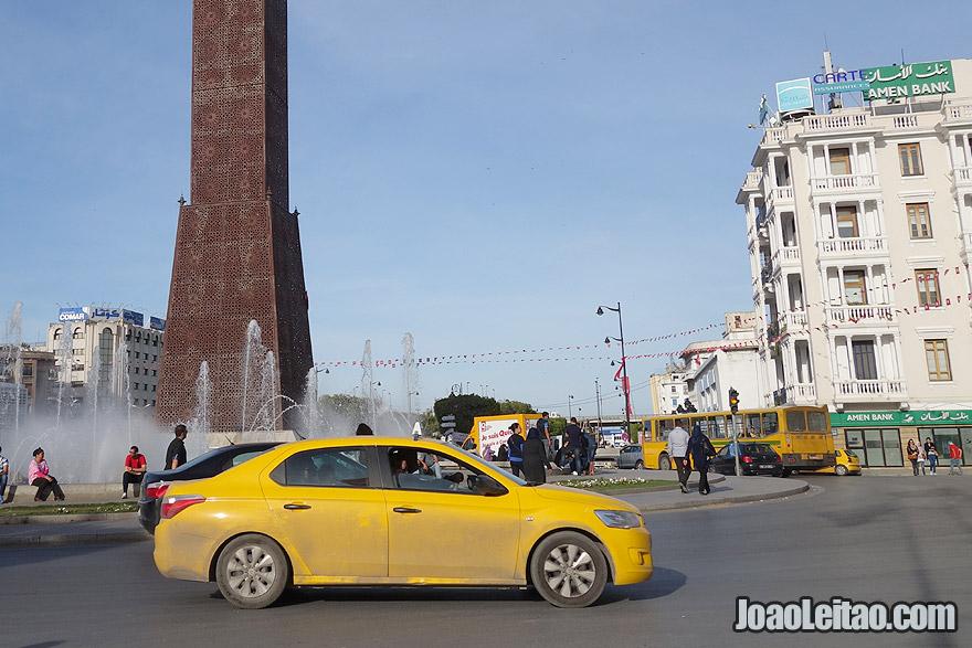 Táxi do aeroporto de Tunes para a cidade