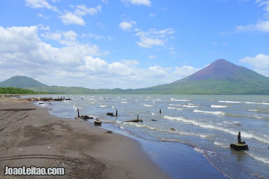 Momotombo volcano in Nicaragua