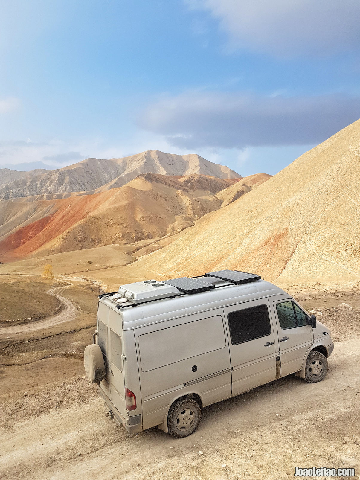 MERCEDES-BENZ SPRINTER 4X4 CAMPERVAN
