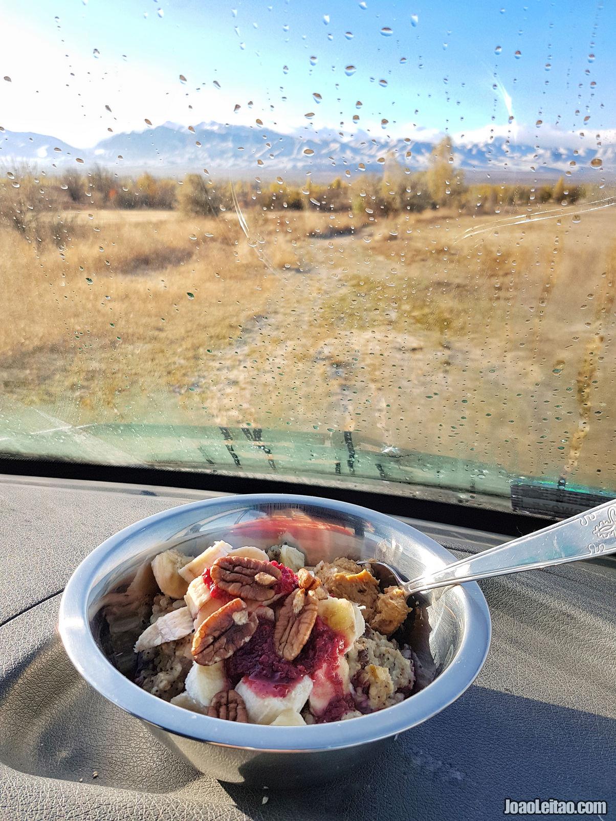 Pequeno-almoco ou café da manhã perto de Talas