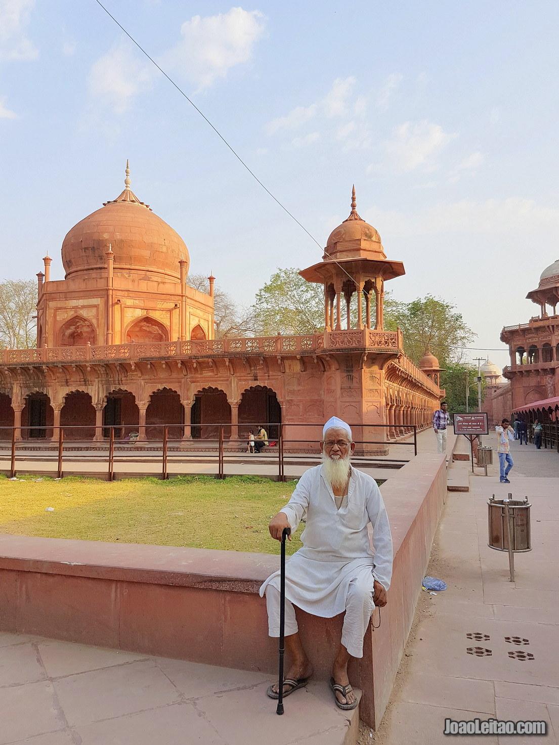 Curiosities about the Taj Mahal