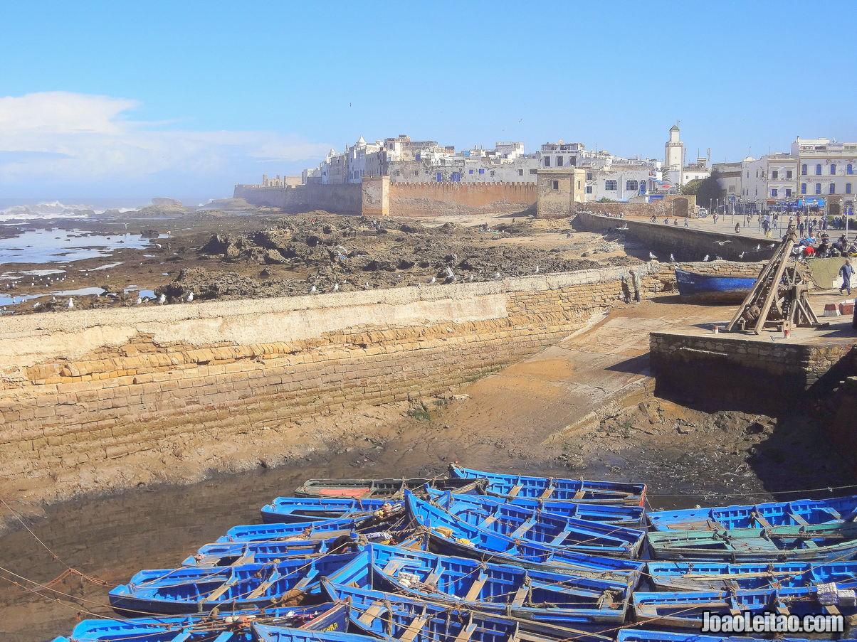 Visit Essaouira port ramparts