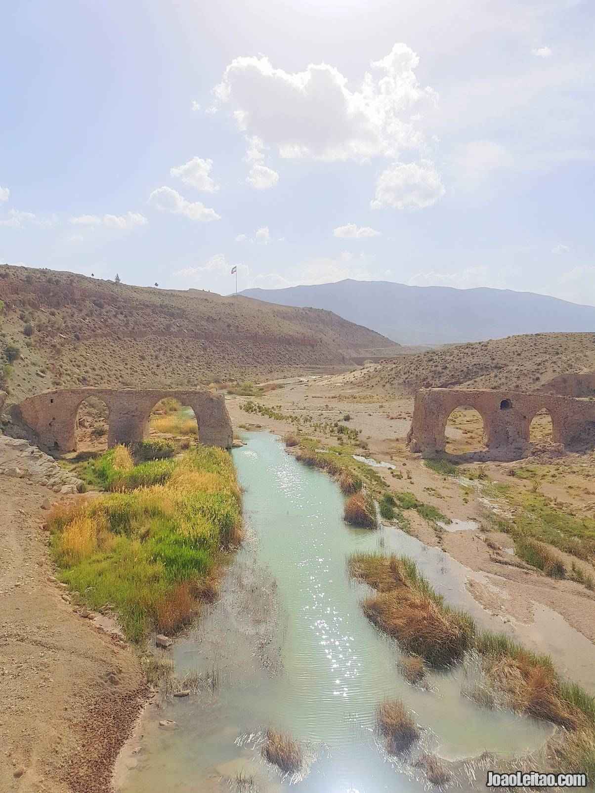 Visit Kavar Old Bridge in Fars Province