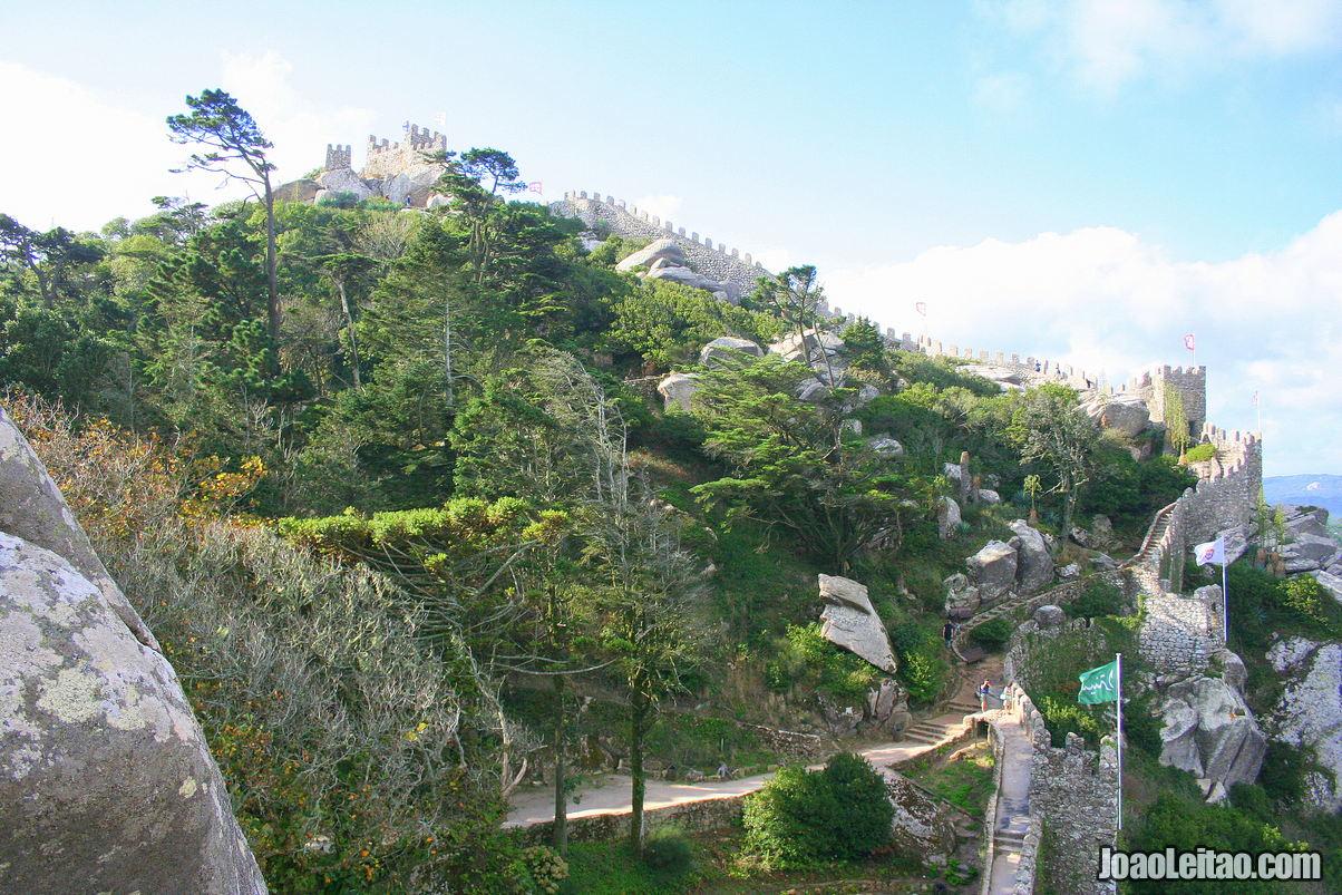 Visit Moors Castle in Sintra