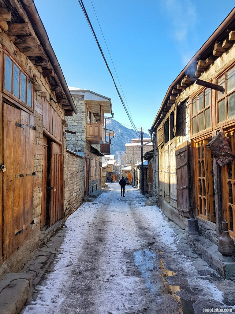 Azerbaijan travel guide • The ideal 2-week itinerary + photos